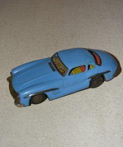 Madamvintage - blauwe mercedes