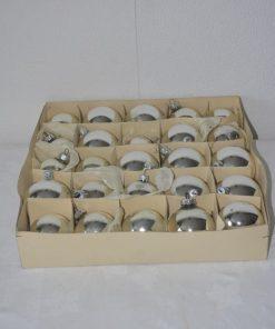 Madamvintage - Doos 25 zilveren kerstballen