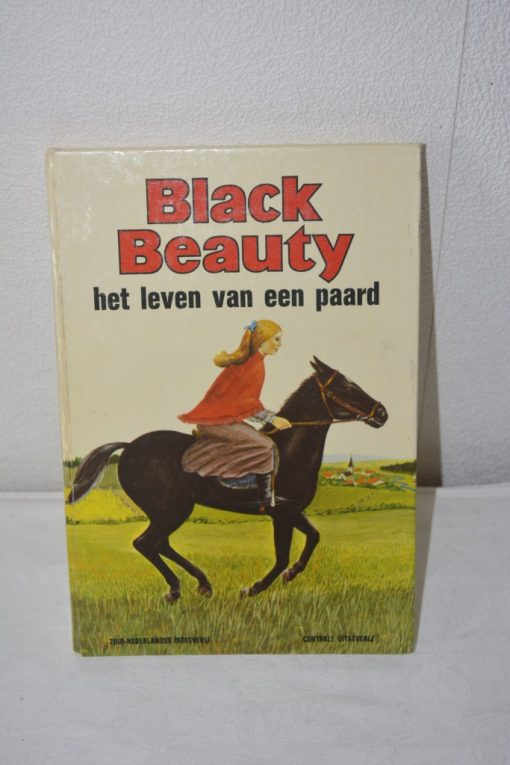 Madamvintage - boek black beaty
