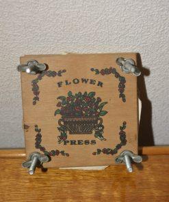 Madamvintage - bloemenpers