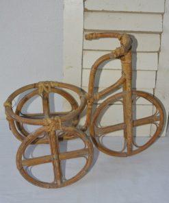Madamvintage - Rotan fiets plantenbak