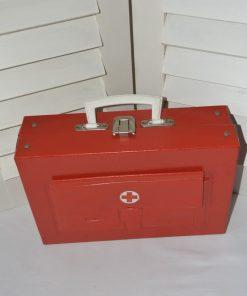 Madamvintage - ehbo koffertje