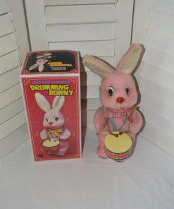 Madamvintage - drummend konijn